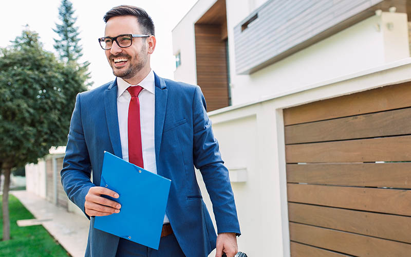 8 Reasons Real Estate Agents Need Their Own E and O